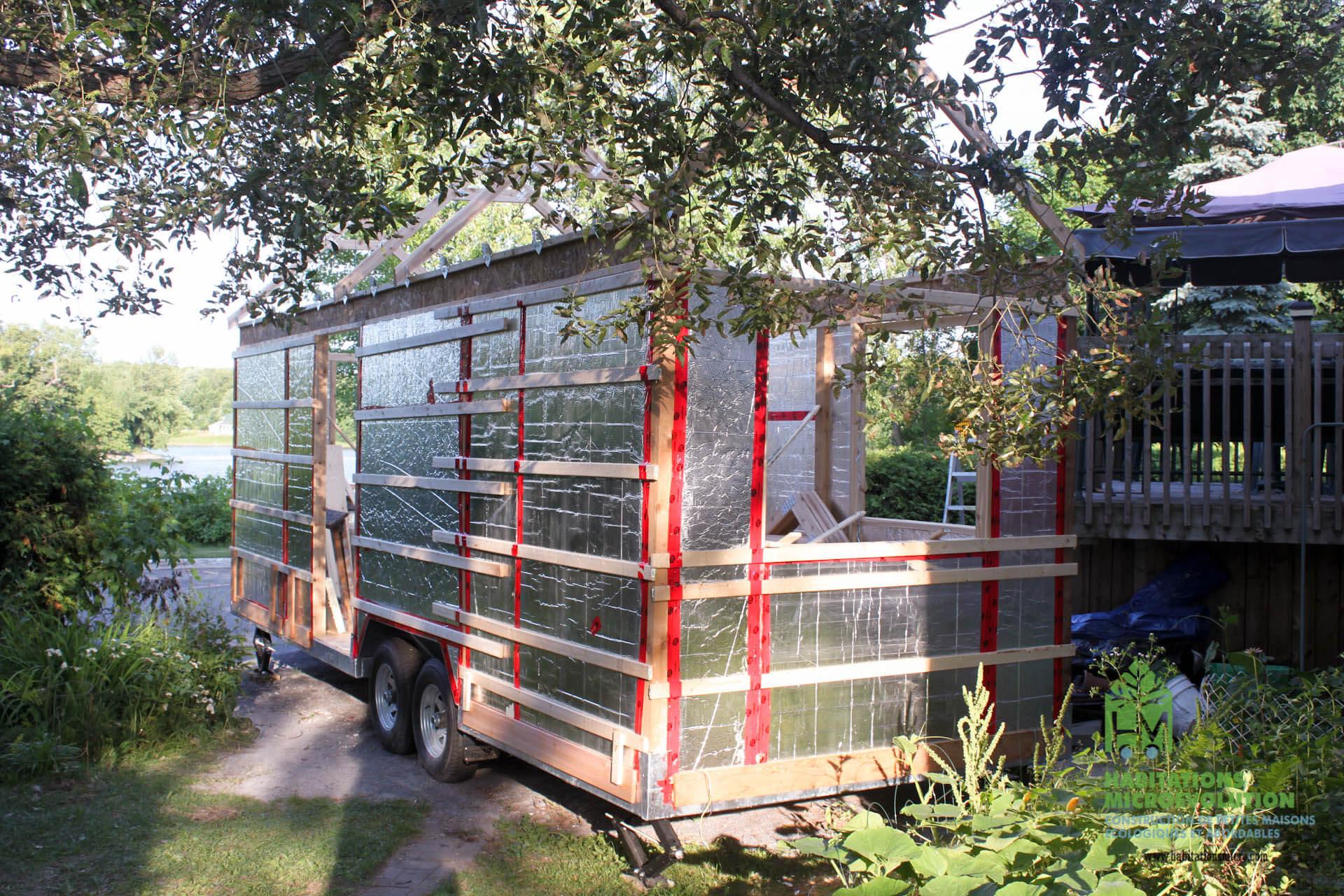Installation des fermes de toit