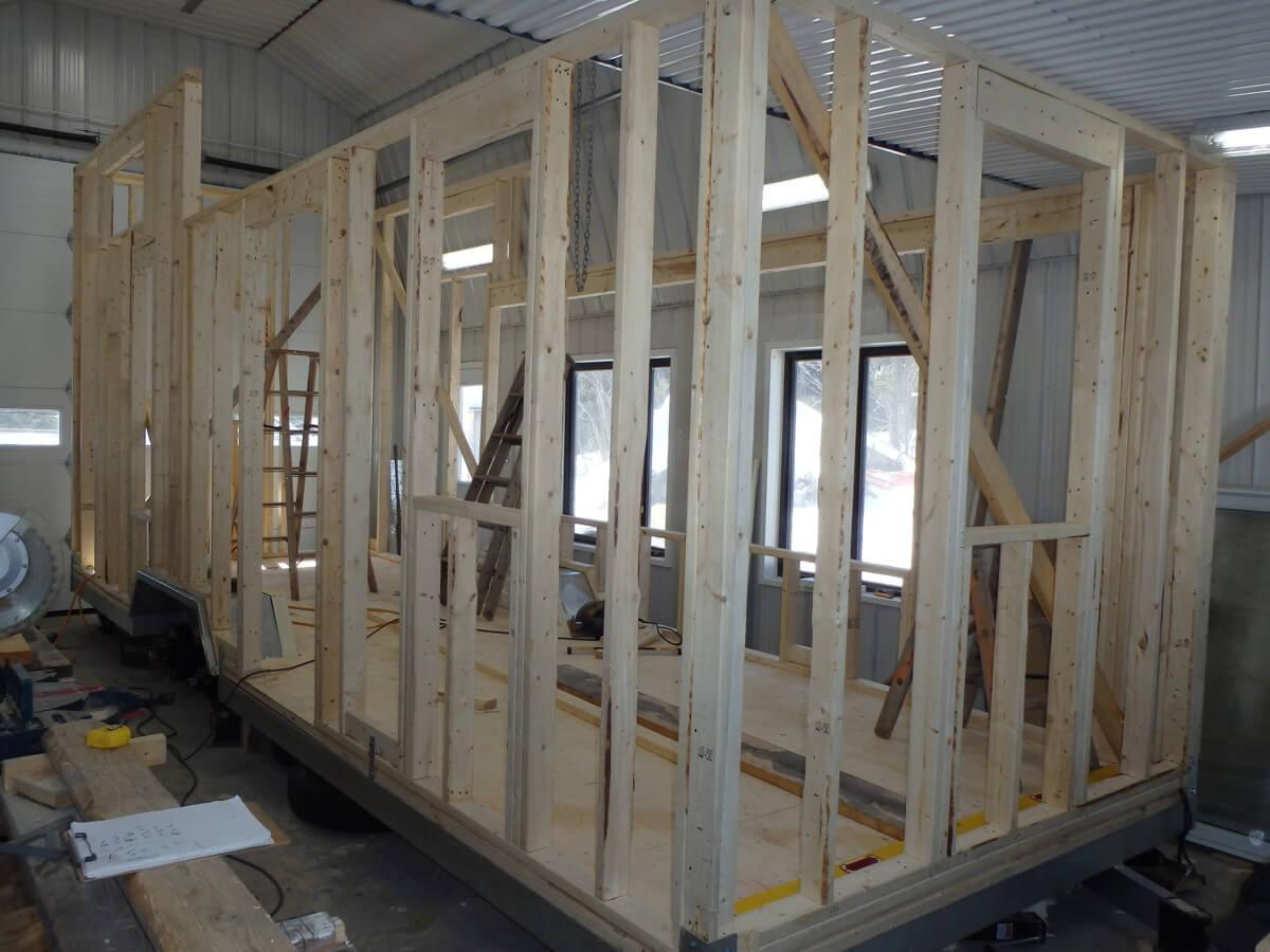 Construction de la première micromaison en auto-construction