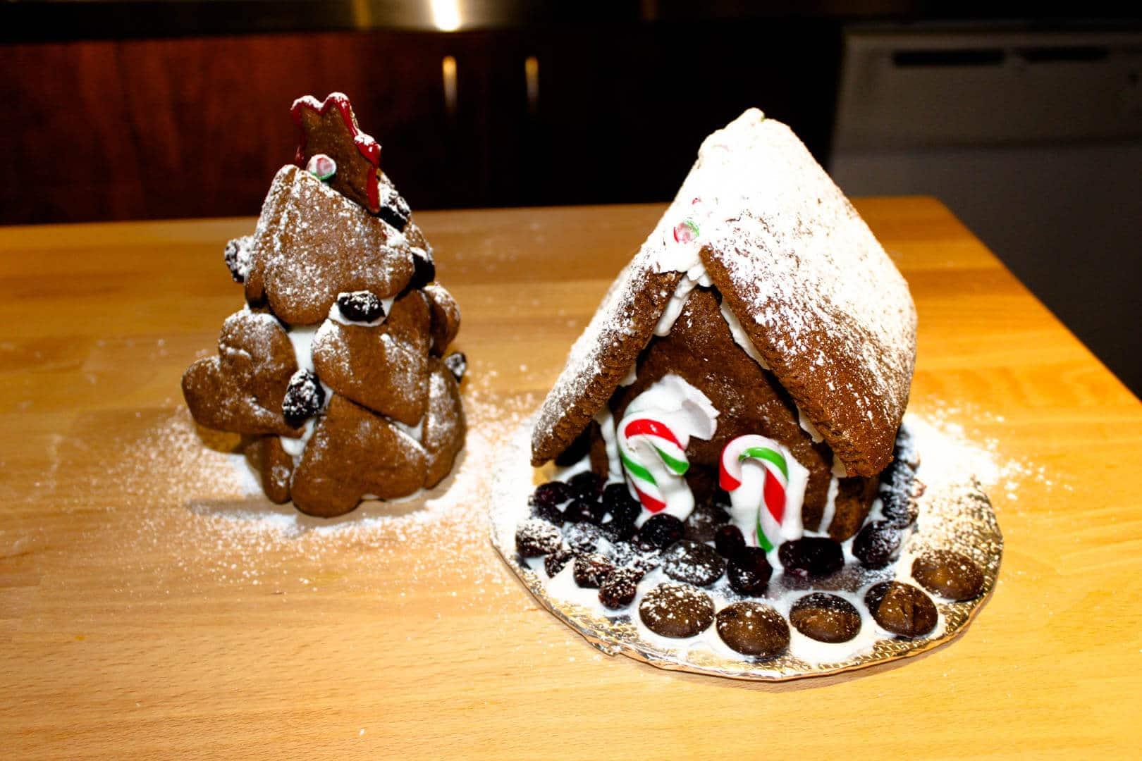 Construire une mini maison en pain d'épices pour Noël!